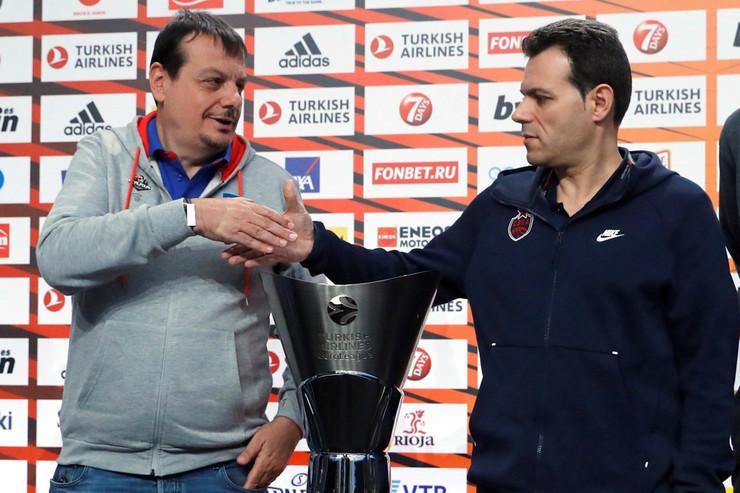 Ergin Ataman, Dimitris Itudis