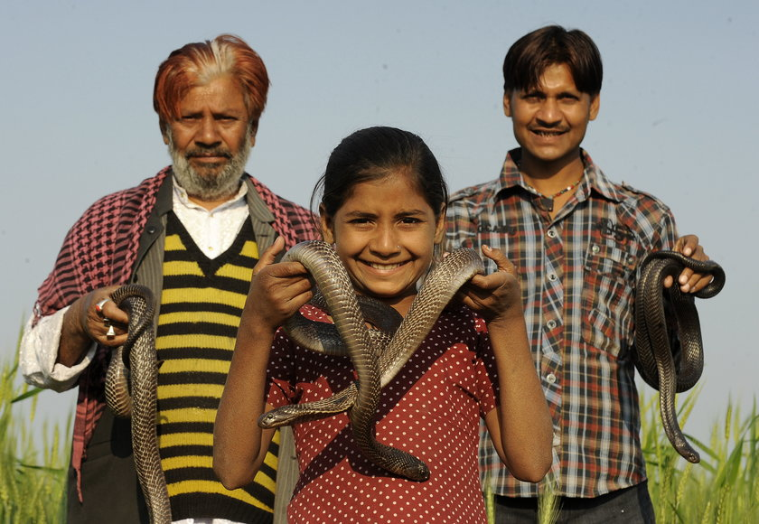 Kajol Khan z ojcem i bratem