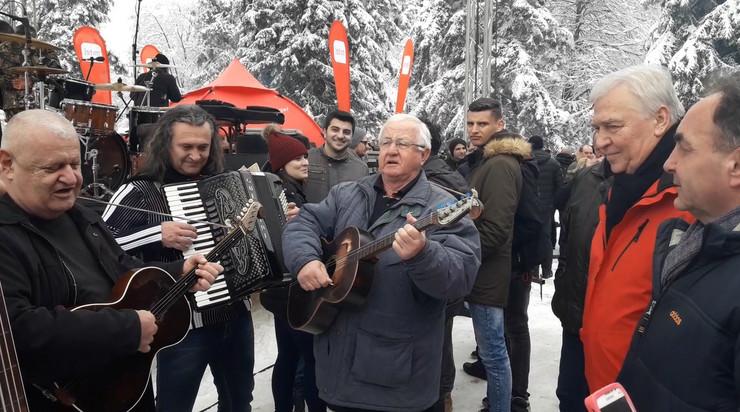 Marko Pavic tamburasi Kozara