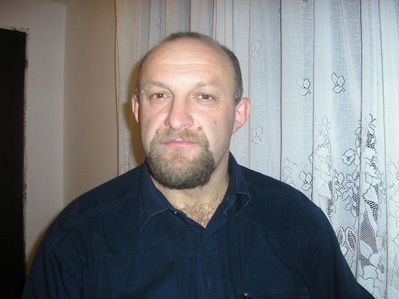 Gvozden Zdravić