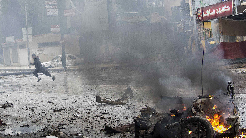 Efekt walk między żołnierzami rządowymi a rebeliantami