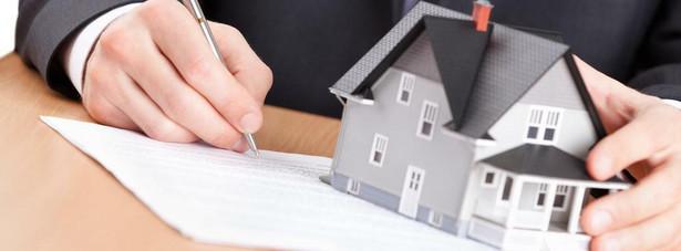 To, że klient ma zdolność kredytową, nie oznacza, że bank pożyczy mu pieniądze na zakup mieszkania.
