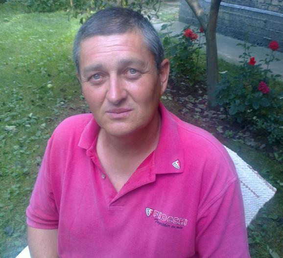 Pomahnitali ubica Rade Šefer (55) zavio je porodicu u crno