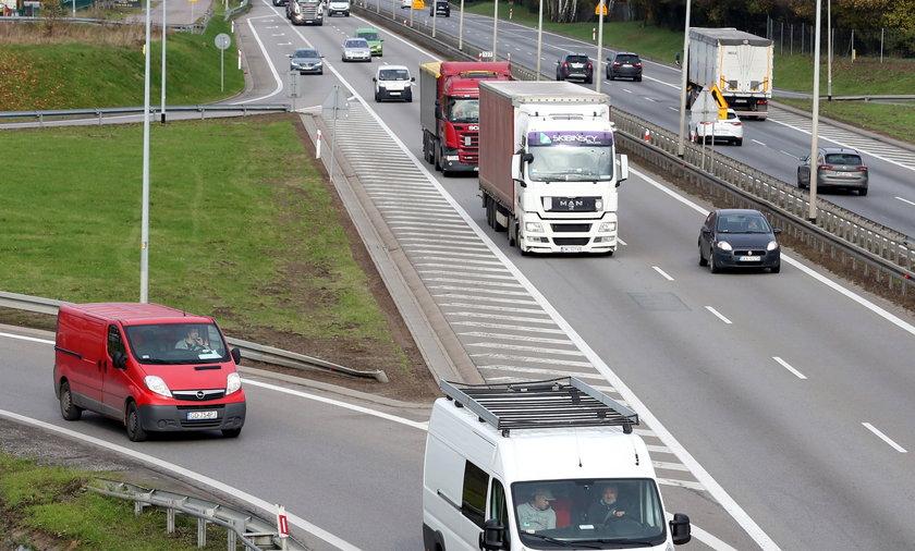 W związku z wygaszeniem systemu poboru opłat viaTOLL od 1 października na austostradach A2 i A4 nastąpi zmiana organizacji ruchu.