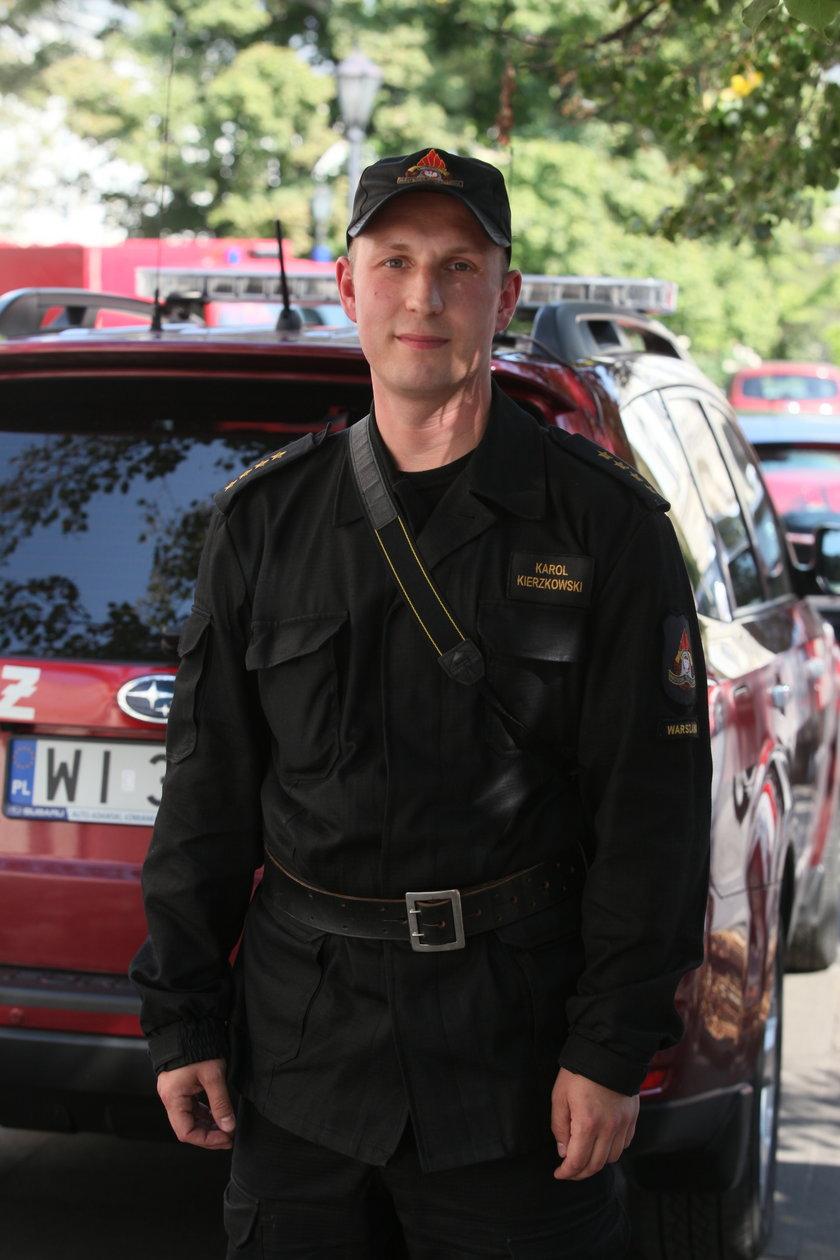kapitan Karol Kierzkowski ze straży pożarnej