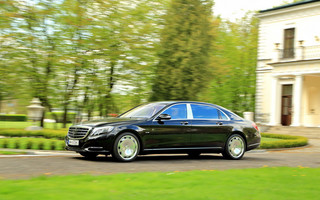 Test Mercedesa-Maybacha S600