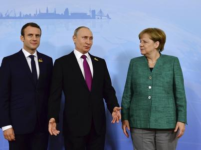 Zakończył się szczyt G20 w Hamburgu. Na zdjęciu od lewej prezydent Francji Emmanuel Macron, prezydent Rosji Władimir Putin i kanclerz Niemiec Angela Merkel
