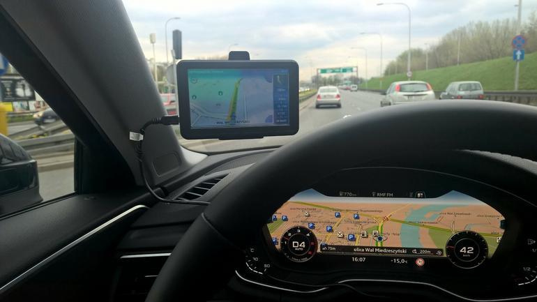 Navigo, czyli aplikacja znana z nawigacji Lark oraz produktów z Biedronki