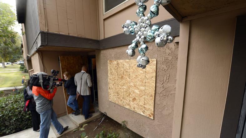 Rodzina sprawców środowej strzelaniny w amerykańskim San Bernardino jest w szoku. Jak przekazali prawnicy reprezentujący bliskich sprawczyni zamachu Tashfeen Malik i jej męża Syeda Rizwana Farooka, nikt z członków ich rodziny nie sądził, że małżeństwo może przeprowadzić taki atak.
