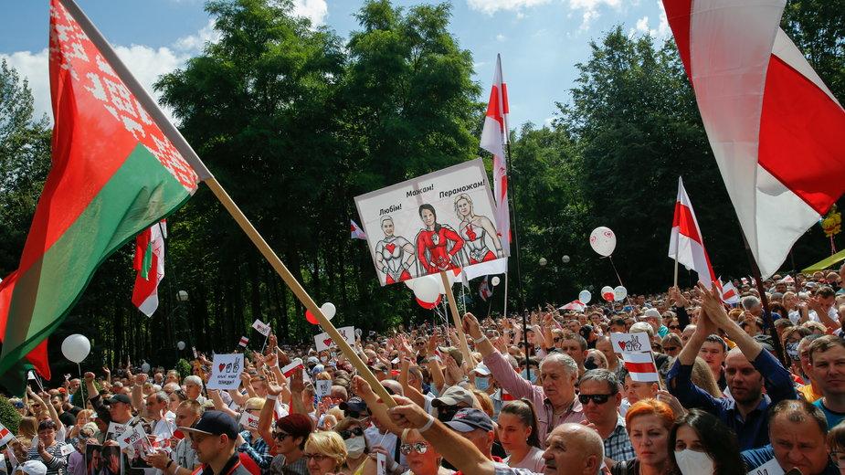 Wiec wyborczy kandydatki opozycji Swiatłany Cichanouskiej