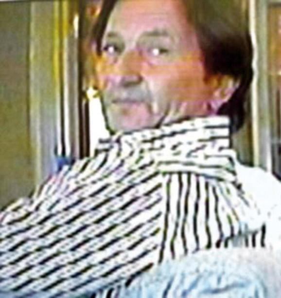 Radoslav Cvijović, zvani Cvika , optužen za šverc kokaina, u javnosti je dobio ime novosadski Eskobar, dok su ga prijatelji zvali Vatrogasac zbog škole koju je završio