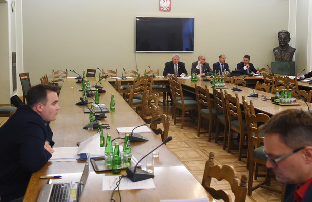 Posiedzenie senackiej Komisji Praworządności, Praw Człowieka i Petycji, na którym rozpatrzone mają zostać nowele o Krajowej Radzie Sądownictwa