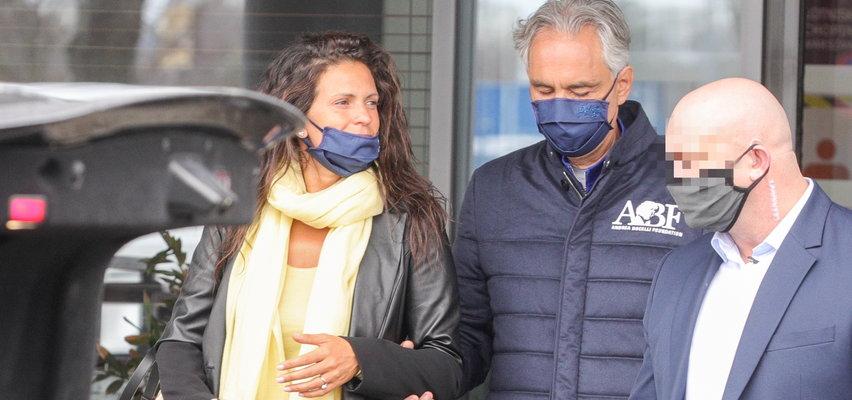 Andrea Bocelli był w Warszawie. Światowej sławy tenor przyleciał do Polski z żoną i córką