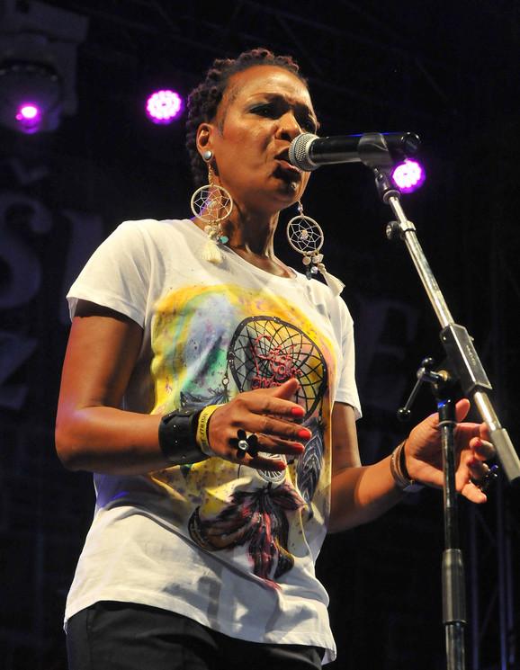 Lisa Simon