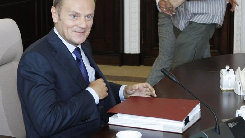 Tusk zabronił ministrom jeść ciasteczka
