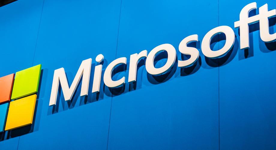 Durchgesickertes Pressebild zeigt Microsoft Lumia 950 XL
