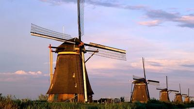 All electric trains now run on wind power in the Netherlands