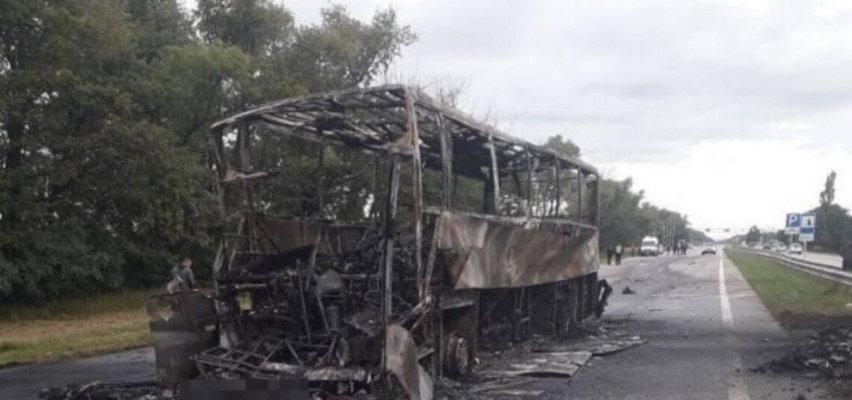 Spłonął autobus jadący z Polski na Ukrainę. Jedna osoba nie żyje, wielu rannych