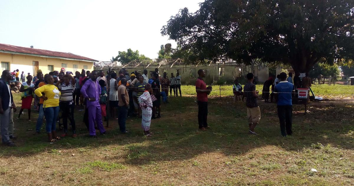 Kogi Elections: Large turnout of voters witnessed at Ward 01, Yagba West - Pulse Nigeria