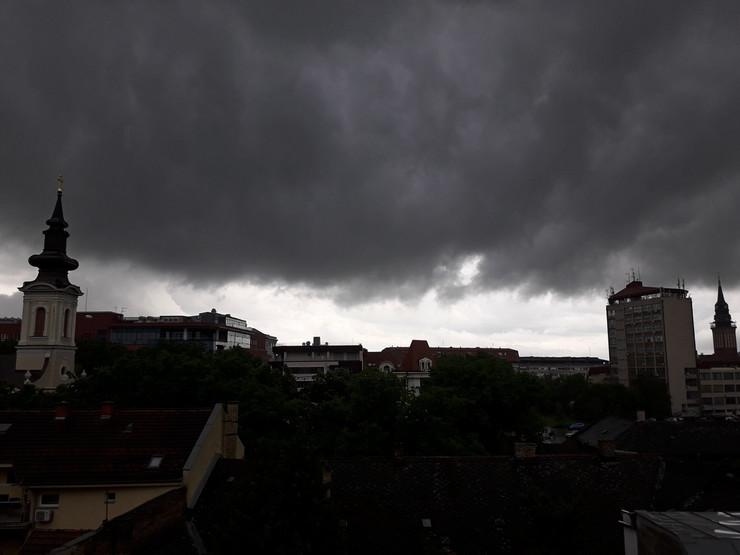 Subotica, nebo iznad subotice upravo3_290519_RAS_foto Biljana Vuckovic 003