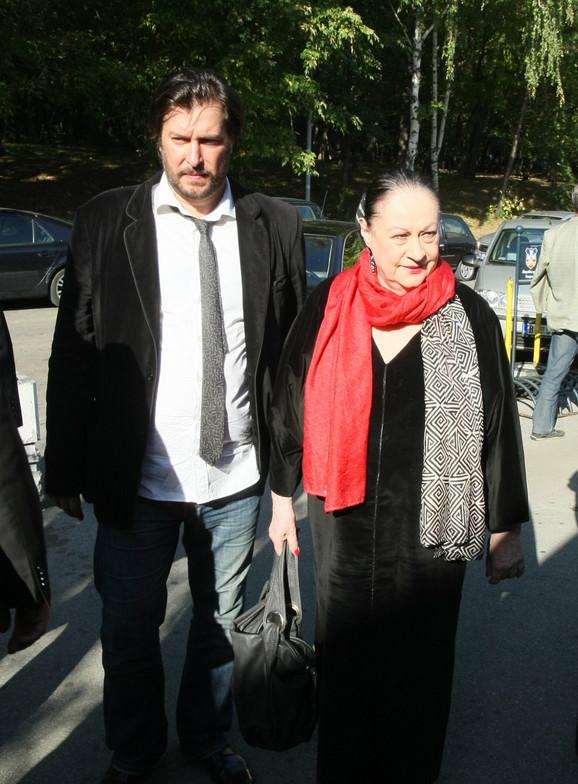 Mane Šakić i Olivera Katarina