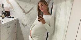 Rosie Huntington-Whiteley spodziewa się drugiego dziecka. W nietypowy sposób ogłosiła to na Instagramie