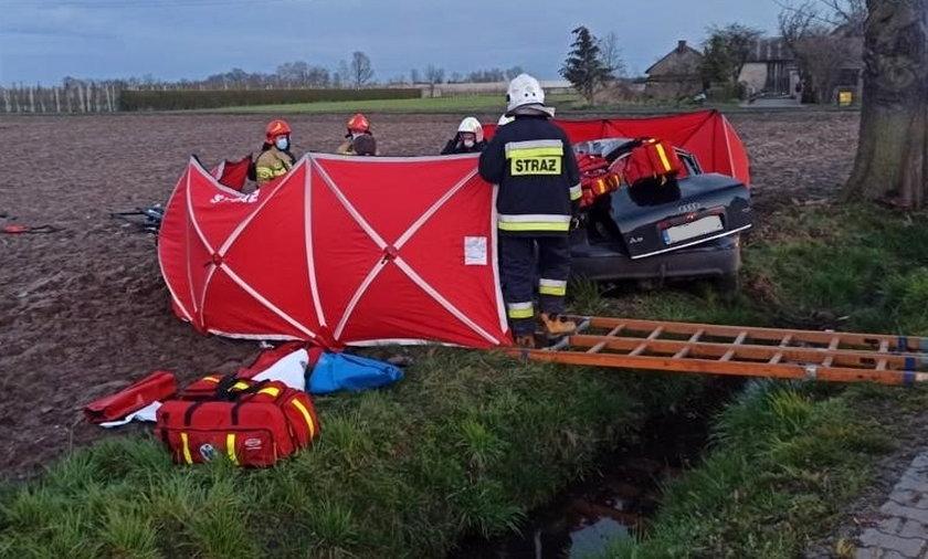 Tragiczny wypadek w Książenicach. Nie żyje 51-letnia nauczycielka matematyki