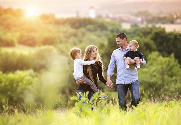 Chodziło o rozwiedzionych w 2014 r. rodziców dwójki synów.