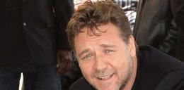"""Russell Crowe zareklamuje Polskę? """"Poczęstowano mnie wódką"""""""