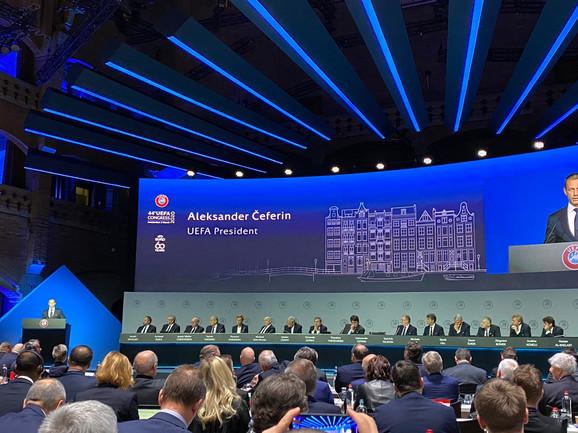 UEFA kongres