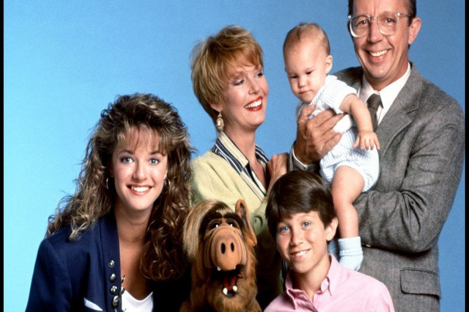 """Glumac iz legendarne serije """"Alf"""" preminuo u 75. godini nakon duge i teške bolesti: Malo ko se seća da je u """"Prijateljima"""" igrao OVU ULOGU"""