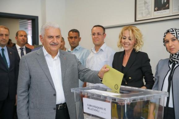 Binali Jildirim, turski premijer