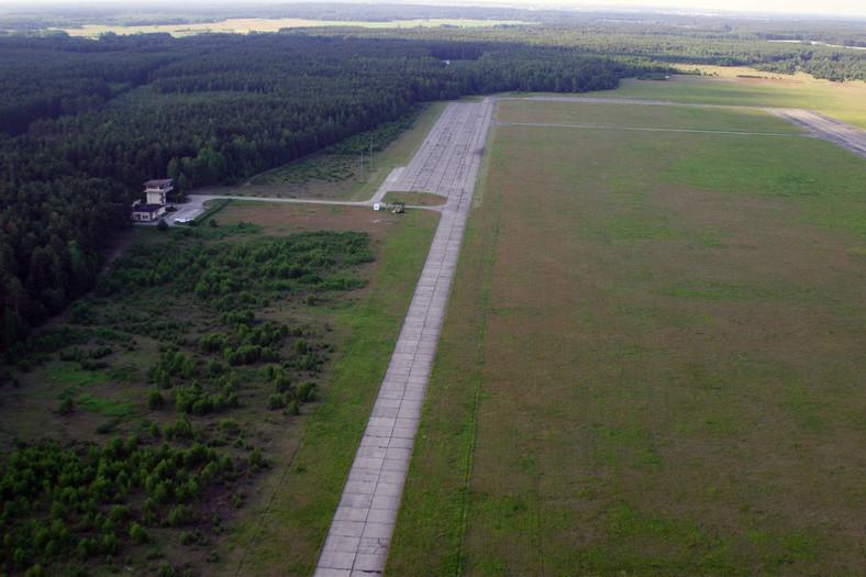 Lotnisko w Szymanach niedaleko Starych Kiejkut. Tutaj według amerykańskich mediów miały lądować samoloty CIA z więźniami, członkami Al-Kaidy