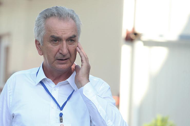 Mirko-Sarovic-lider-SDS-a-02-foto-S-PASALIC