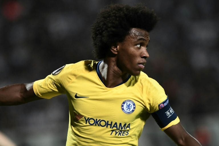 Willian grabbed the only goal in Greece as Chelsea reeled off a sixth straight win in all competitions