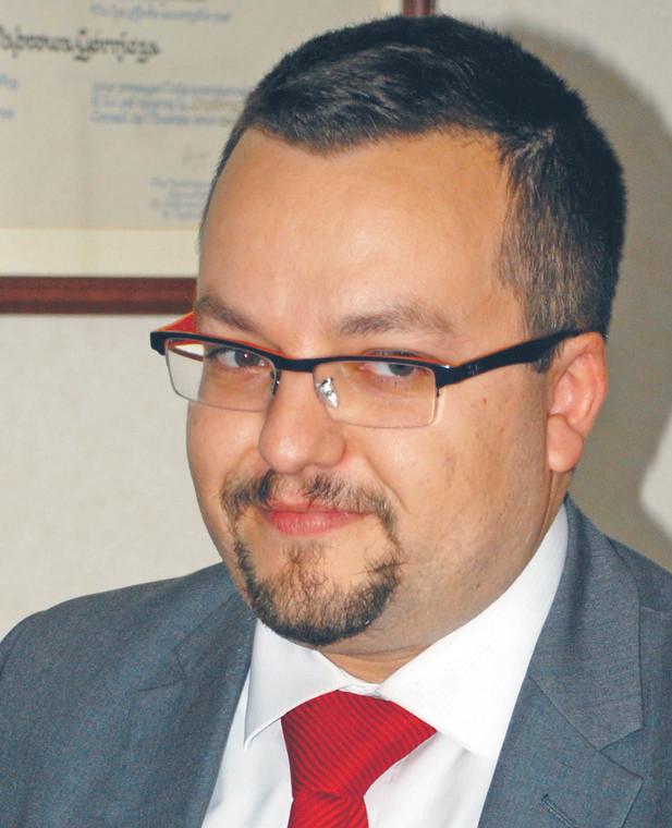 dr Patryk Kuzior, wykładowca na Akademii WSB, ekspert prawa oświatowego