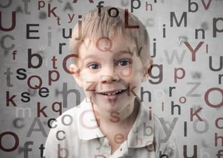 Bralczyk: język się bogaci, ale mowa - ubożeje