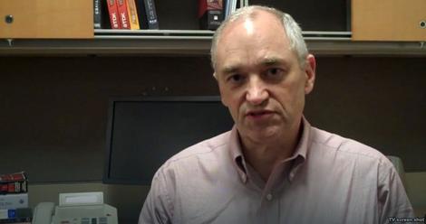 Dobs je trenutno član Komiteta savesti u američkom Memorijalnom muzeju holokausta