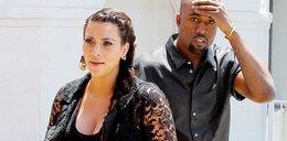 Szok! Kardashian nie zmienia córce pieluch!