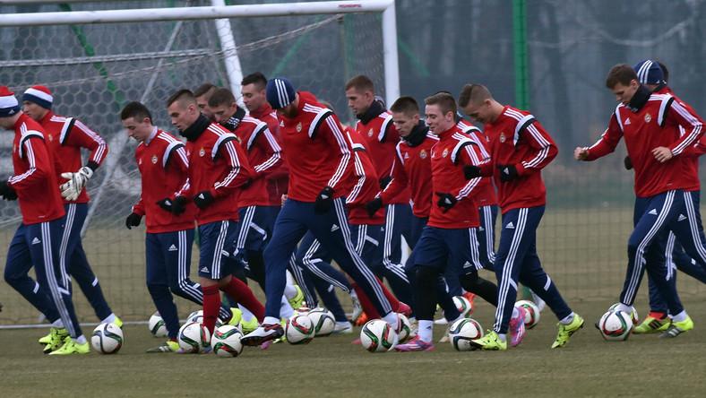 Zawodnicy Wisły Kraków podczas pierwszego treningu drużyny pod wodzą trenera Tadeusza Pawłowskiego