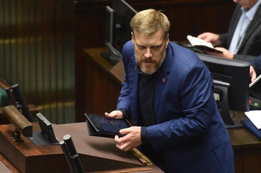 Posłowie zdecydowali: ustawa o ochronie zwierząt trafi do komisji