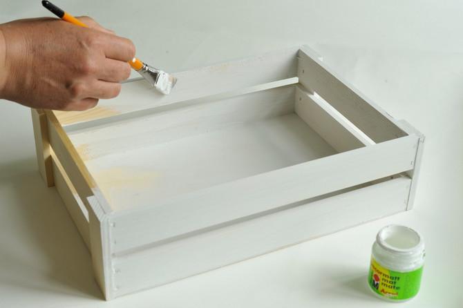 Ofarbajte gajbicu u belu boju