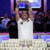 NEVEROVATNA PRIČA Osvojio najveći poker turnir na svetu i dobio nagradu TRI PUTA veću od NOVAKOVE NA VIMBLDONU /VIDEO/