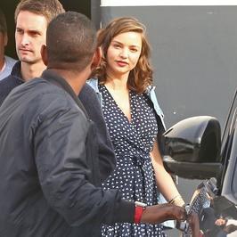 Miranda Kerr w ciąży. Wygląda kwitnąco