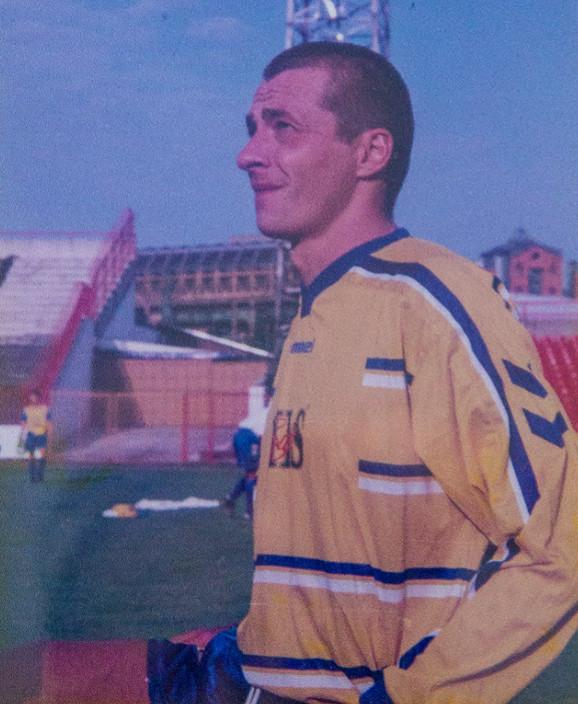 Slaviša Jokanović kao prvotimac FK Novi Sad za koji je debitovao u 17. godini