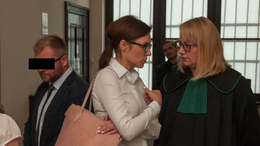 Proces byłego radnego Rafała P. Maltretował żonę Karolinę Piasecką