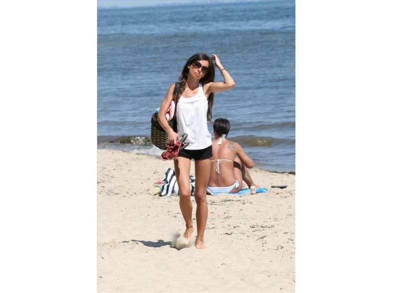Marta Kaczyńska na plaży