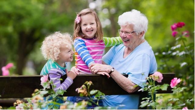 Stariji od 65 moraju biti još uvek na oprezu