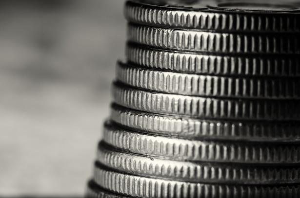 Według najnowszych danych KNF w I kw. tego roku okienka kasowe zrealizowały 9 mln przekazów pieniężnych o wartości niemal 1,5 mld zł.