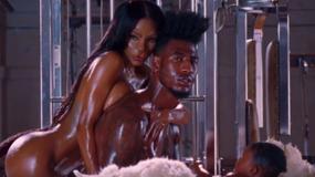 """Kanye West i jego seksowny teledysk do """"Fade"""""""